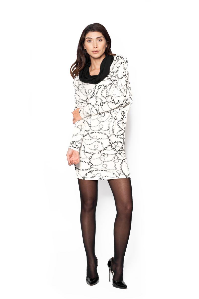 De Dress Rev in Chain Print is een jurk welke je op 4 verschillende manieren kunt dragen.  Als jurk, lange mouw, kraag. Als jurk, lange mouw, kraag en ceintuur. Als jurk lang, offshoulder, geen mouwen, taillelijn. Als rok lang met stevige band in de taille.  Materiaal: 95% viscose, 5% elastaan